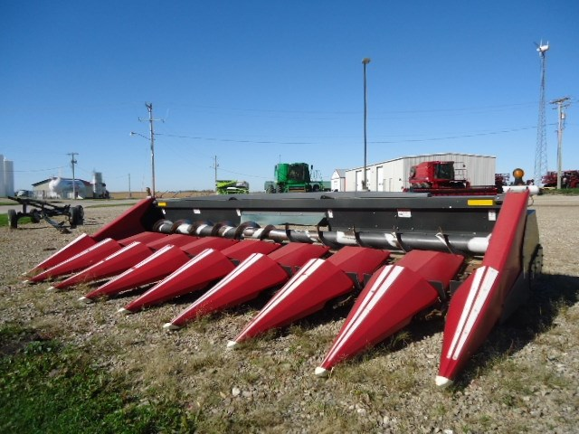 2010 Drago 8R30P RED Header-Corn For Sale