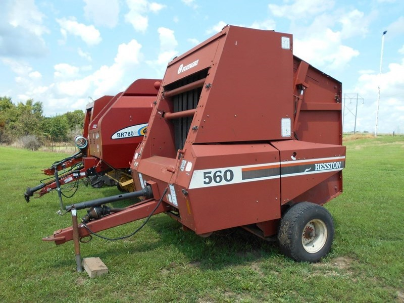 Hesston 560 Baler-Round For Sale