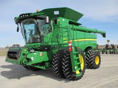 Combine For Sale:  2013 John Deere S680