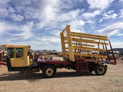 Bale Wagon-Self Propelled For Sale:  2009 New Holland H9880