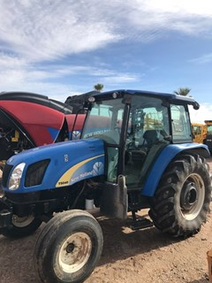 Tractor For Sale:  2011 New Holland T5040 2WD