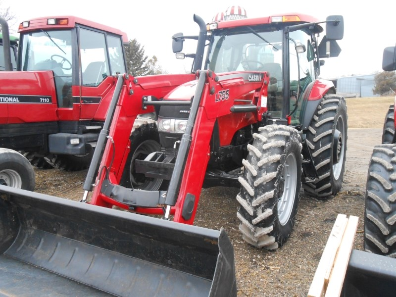 2013 Case IH 140MC LDR Tractor For Sale