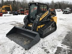 Skid Steer For Sale:  2011 New Holland C232