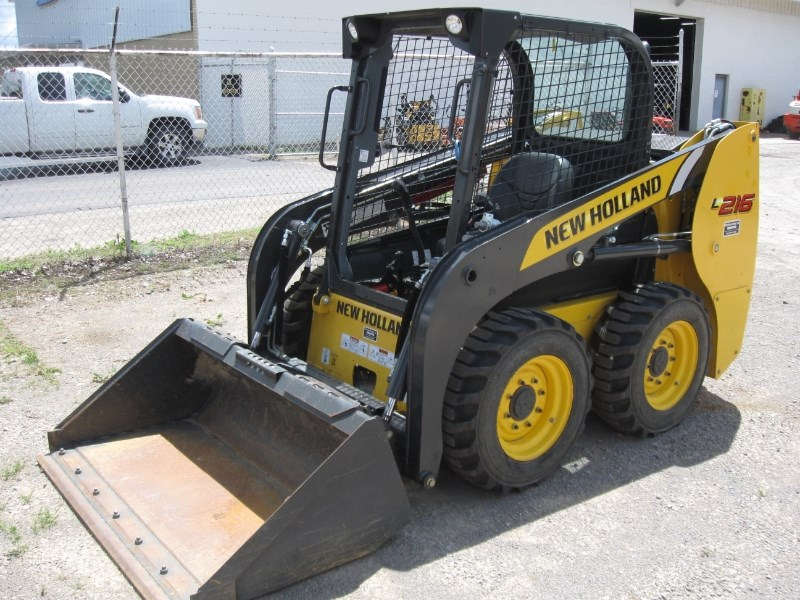 2015 New Holland L216-T4B Skid Steer For Sale