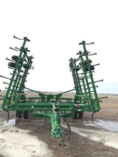 Field Cultivator For Sale:  2013 John Deere 2210
