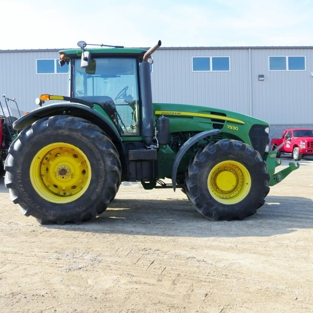 2007 John Deere 7930 Tractor For Sale