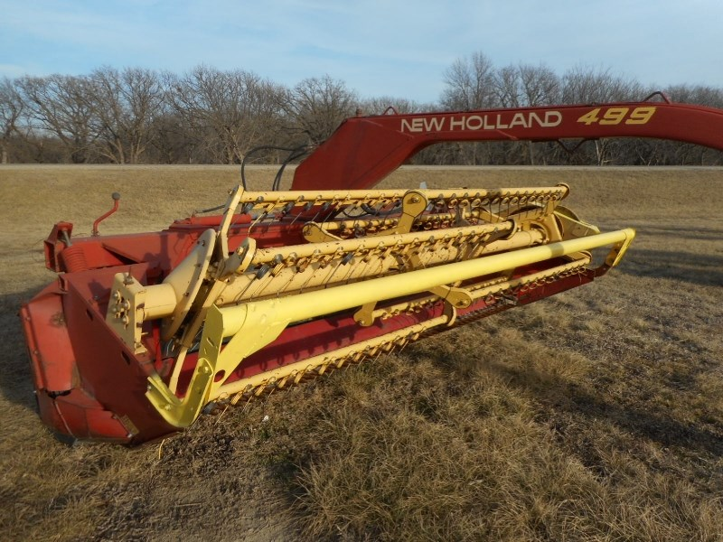 1990 New Holland 499-12 Windrower-Pull Type For Sale