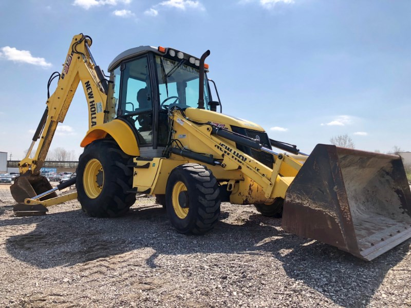 2011 New Holland B95B Loader Backhoe For Sale