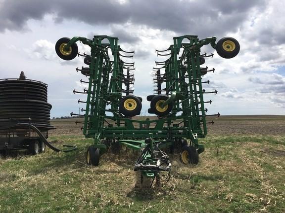 2008 John Deere 2210 Field Cultivator For Sale