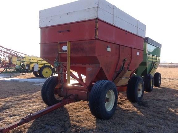 J & M 350 Gravity Box For Sale