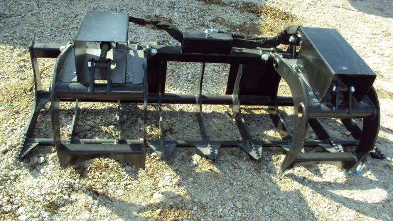 Lucas 7' twin cyl. Grapple with skid steer quick connect Grapple For Sale