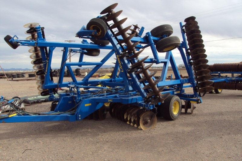2011 Landoll 6230-33 Disk Harrow For Sale