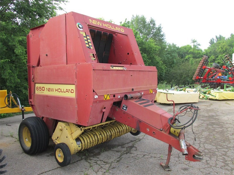 New Holland 650 Baler-Round For Sale