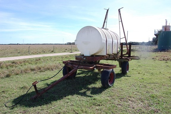 Other 1000 Sprayer-Pull Type For Sale
