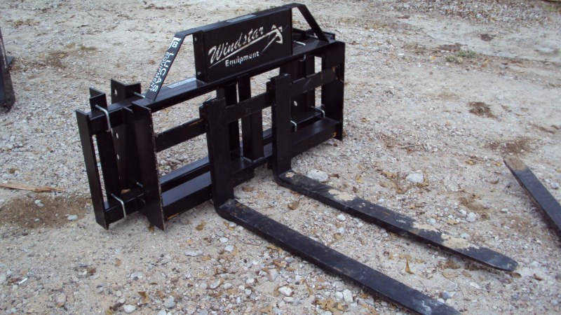 Lucas Universal Pin-on pallet forks Pallet Fork For Sale