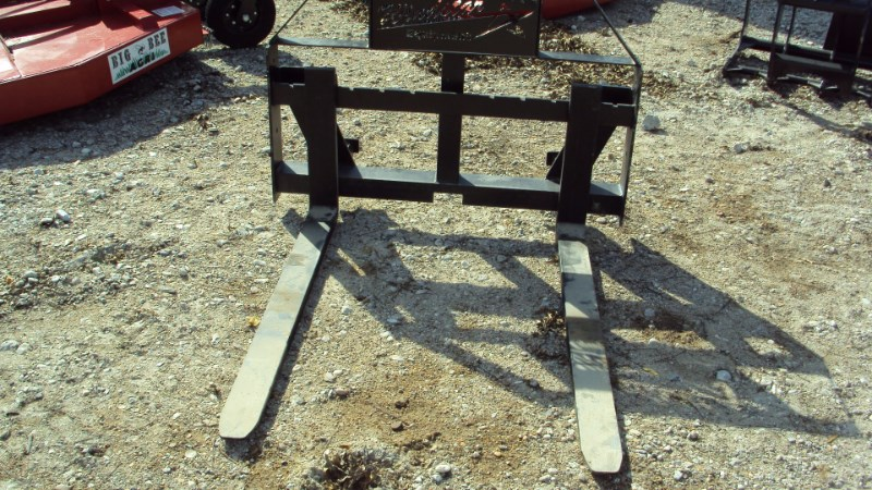 Lucas Euro / Global quick connect pallet forks Pallet Fork For Sale