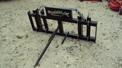 Misc. Ag For Sale:  Lucas Universal pin-on single spear for loaders