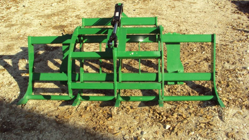 Dirt Dog AGGRJD72 grapple for 300-400-500 JD loaders Grapple For Sale