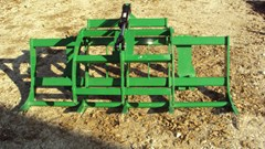 Grapple For Sale:  Dirt Dog AGGRJD72 grapple for 300-400-500 JD loaders