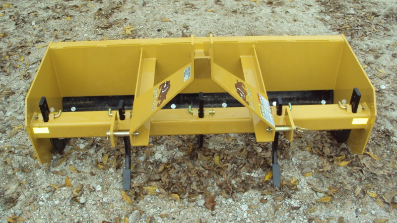 Dirt Dog  3pt 5.5' HD box blade SBX65 with ripper teeth Box Blade Scraper For Sale