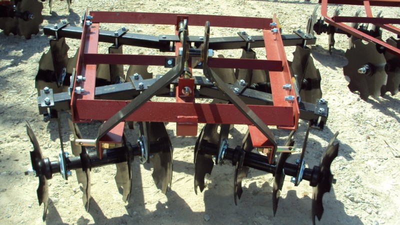 Atlas  3pt 5.5' HD tandem disc 3001618BB Disk Harrow For Sale