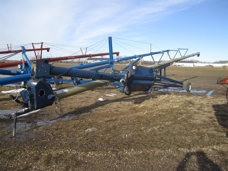 2014 Harvest International H1072 Auger-Portable For Sale