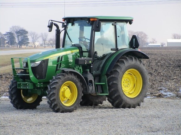 2016 John Deere 5115ML Tractor For Sale