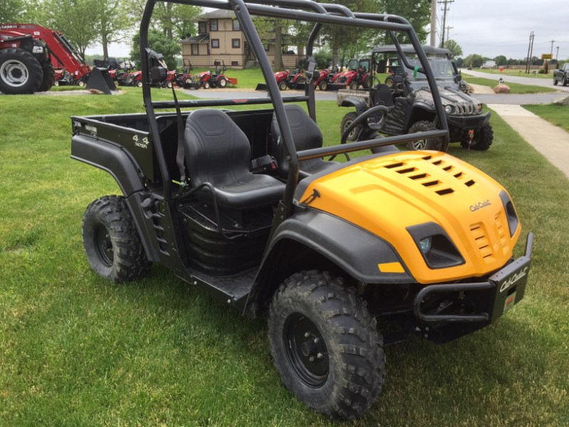2015 Cub Cadet Volunteer 4X4 EFI Utility Vehicle For Sale