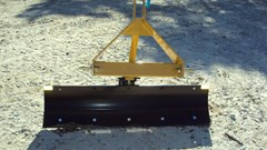 Blade Rear-3 Point Hitch For Sale:  Dirt Dog 3pt 5' foot angle grader blade 3505