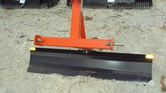 Blade Rear-3 Point Hitch For Sale:  Dirt Dog 3pt 5' foot grader blade 2005