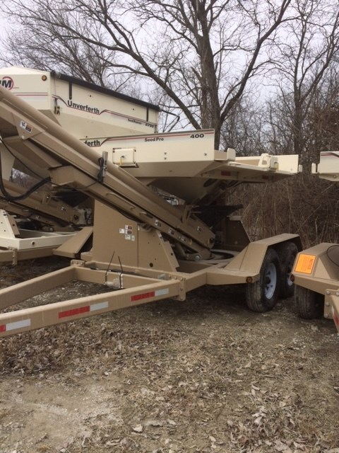 Unverferth 400 Seed Tender For Sale