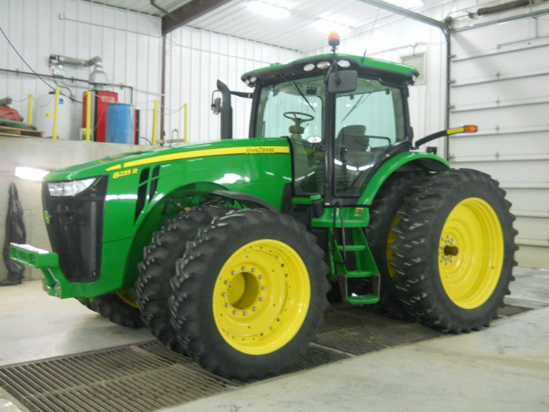2013 John Deere 8235R Tractor For Sale