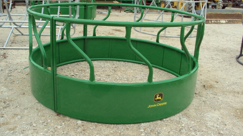 Tarter John Deere heavy duty bull hay ring Misc. Ag For Sale
