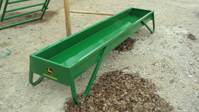 Tarter 10' John Deere metal grain feeder Misc. Ag For Sale