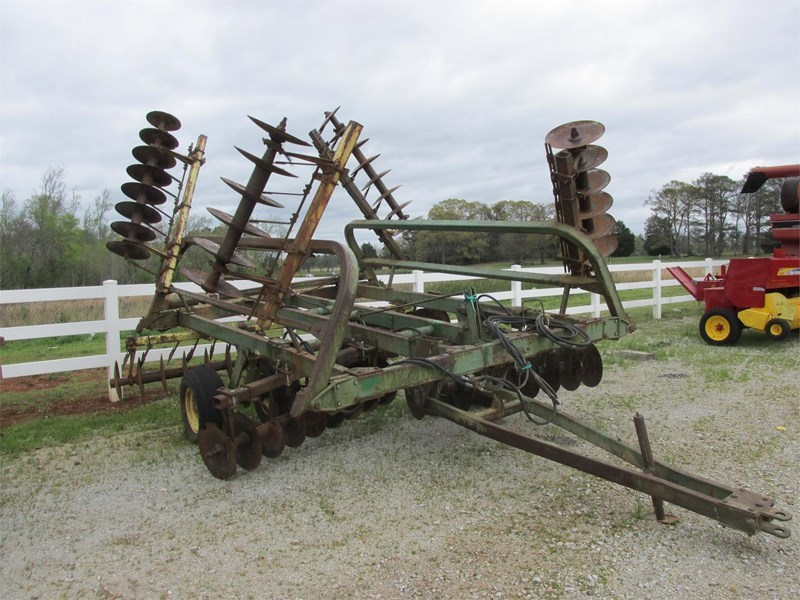 John Deere 230 Disk Harrow For Sale
