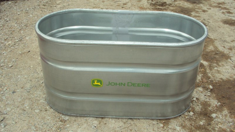 Tarter John Deere 2'x2'x4' galvanized water tank Misc  Ag For Sale