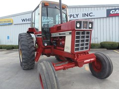 Tractor - Row Crop For Sale 1977 IH 1086 , 130 HP