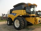 Combine For Sale:  2011 New Holland CR9065