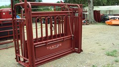 Misc. Ag For Sale:  Tarter livestock squeeze chute