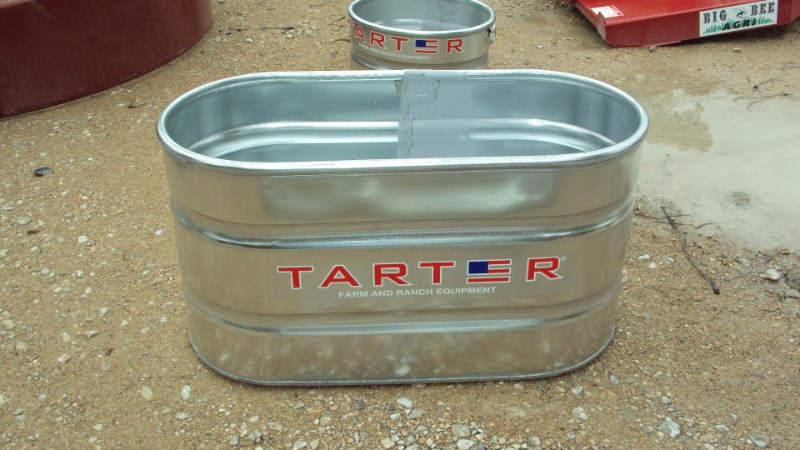 Tarter *NEW* 2X2X4 galvanized stock tank Misc. Ag For Sale