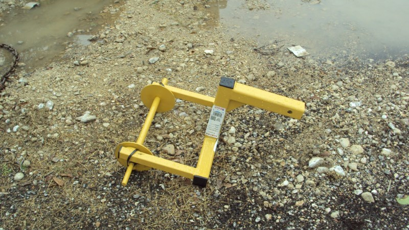 "Tarter New 2"" receiver barb / slick wire unroller Misc. Ag For Sale"