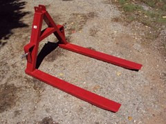3 Point Fork For Sale:  Other 3pt pallet forks mover
