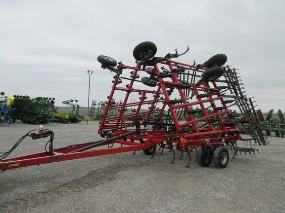 2014 Case IH 200 Field Cultivator For Sale