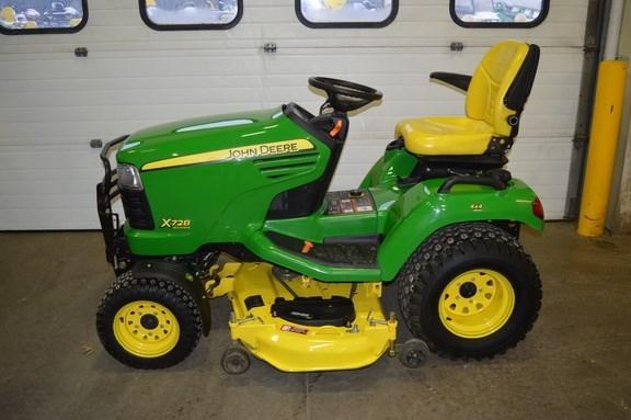 2011 John Deere X728 Riding Mower For Sale