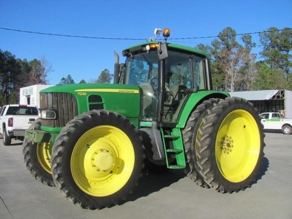 2011 John Deere 7230 Tractor For Sale