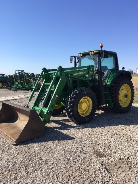 2011 John Deere 7530 Tractor For Sale