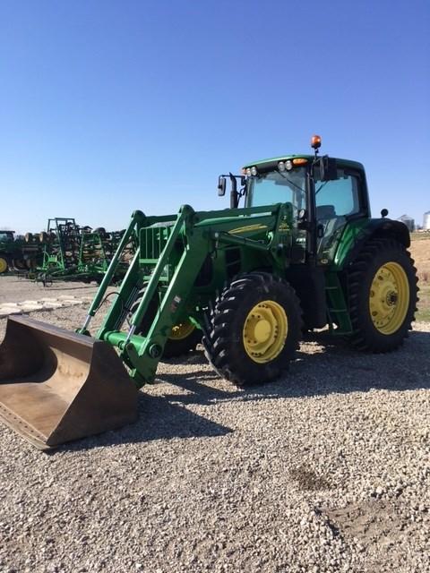 2011 John Deere 7530 Tractor For Sale