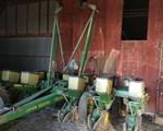 Planter For Sale: 1990 John Deere 7200