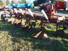 Tillage For Sale IH 720-5BOTTOM PLOW