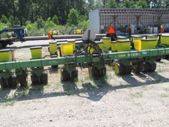 Planter For Sale 1995 John Deere 7300